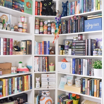 april 2017 shelfie