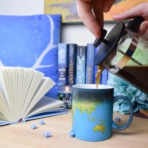 blue coffee pour